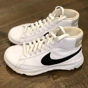 Women's Nike Blazer Spikeless Golf Shoes Size 7.5